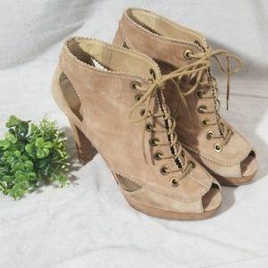 Stuart Weitzman Lace Up Leather Heels Size 8.5